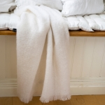 Mohairplaid Lawrence in Bright White von Himla - 120 x 170 cm